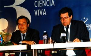 José Mariano Gago Ministro da Ciência e Tecnologia na apresentação do Programa Ciência Viva que parcial e pontualmente apoiou este projecto em 2000.
