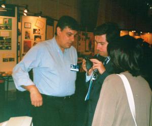 Prof. Mariano Gago em 1999, durante uma exposição do Observatório Aeroespacial de Oeiras