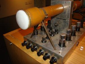 Aspecto da primeira camara de imagem de televisão, desenvolvida e construída por CT1NB